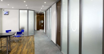 Advantage of glass office partitions
